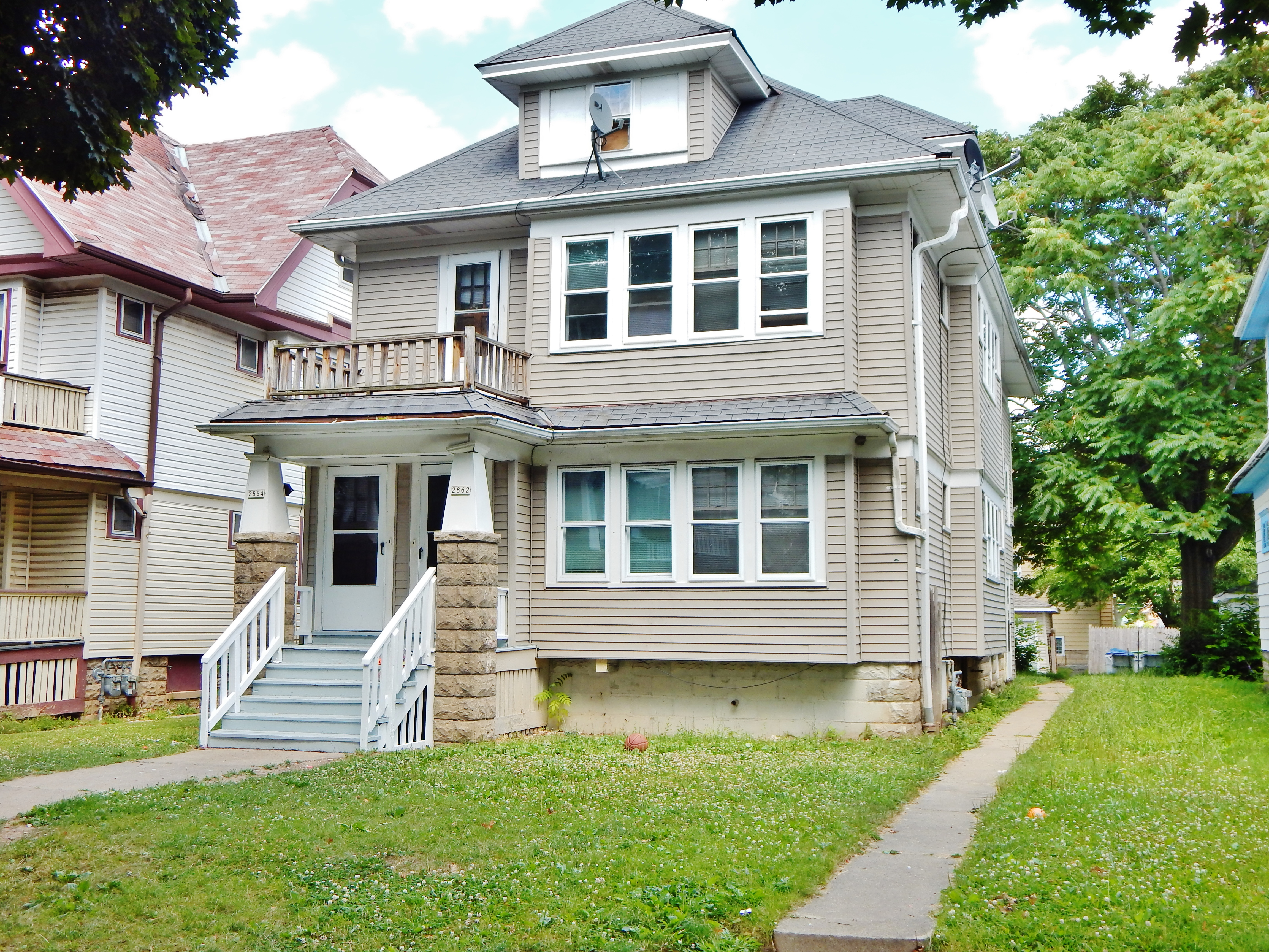 2862 64 n 48th street milwaukee wisconsin 53210 move 2 milwaukee updated kitchens and bathsceramic tile newer furnaces updated electric hwfs natural wood work 2 car garage dailygadgetfo Images